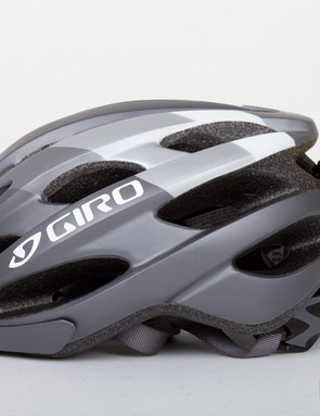 With the lack of fins on the back of this helmet the sensor sticks out a lot