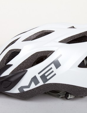 The space between the vents on this Met helmet provide a perfect flat surface for the sensor to sit on