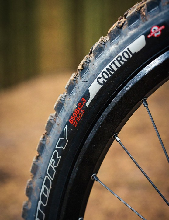 Both the front and rear tyres are from Specialized's own stable. The rear is a Purgatory Control 2Bliss Ready 2.3in. Upfront is a Butcher control 2Bliss Ready 2.3