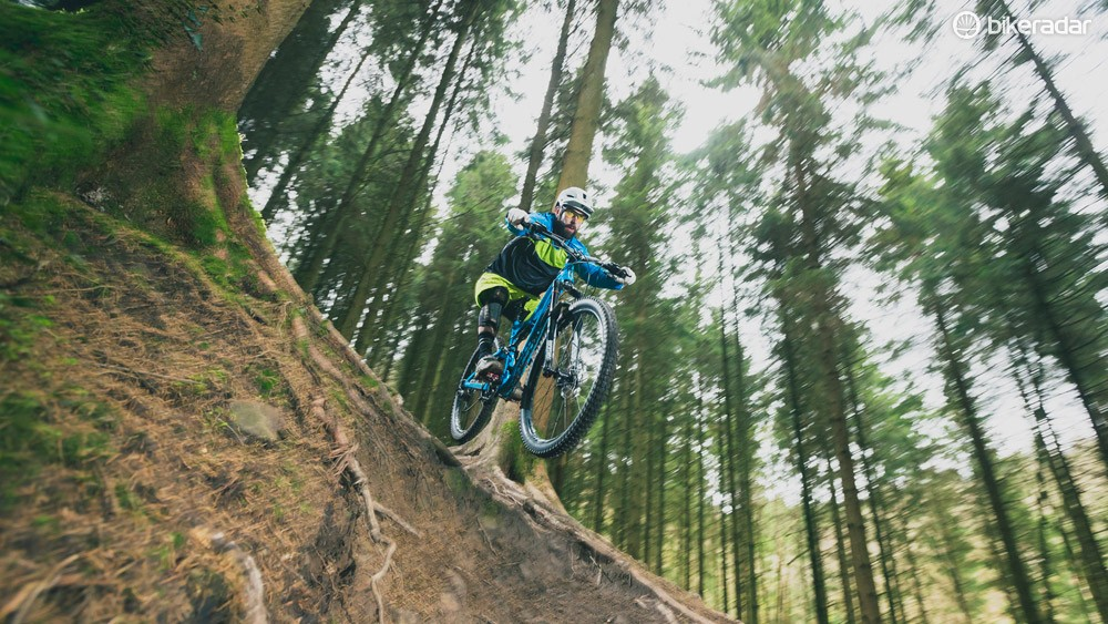 The Specialized Stumpjumper FSR EVO is now available in all three wheel sizes