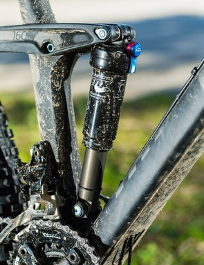 Linear, long-travel suspension sucks up anything in its path