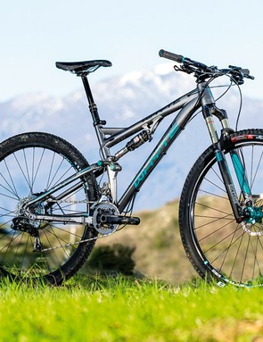 Whyte's T-129S doesn't spare the egos of smaller-wheeled bikes when it comes to clambering up steep trails