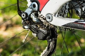 SLX front and XT rear gears are direct-mounted for crisp shifting