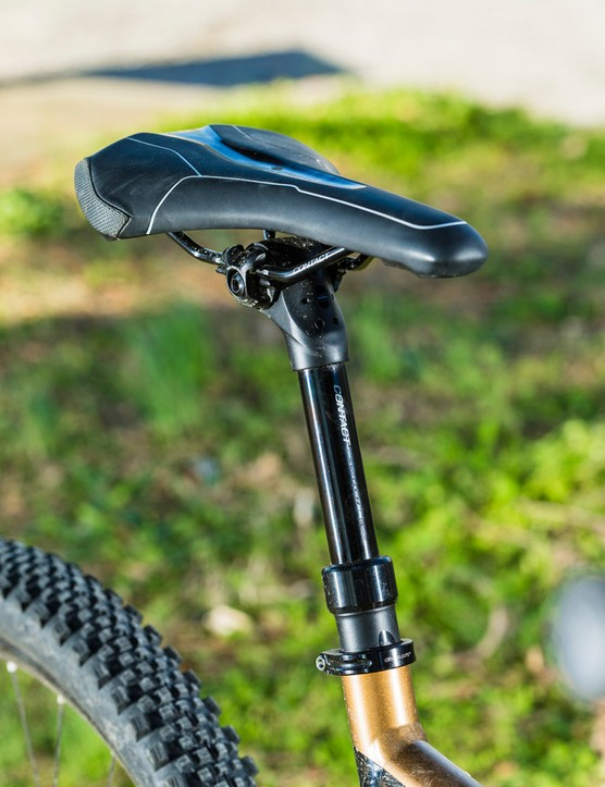 The Trance SX features a Contact Switch dropper post