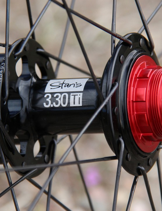 The carbon Valor rims are built around lightweight NoTubes hubs that are compatible with SRAM's XD driver bodies