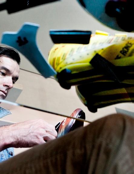Millar examining the fi'zi:k handiwork