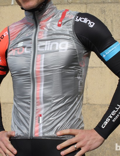 The Sportful Hot Pack Ultralight Vest is exactly that — a 39g marvel