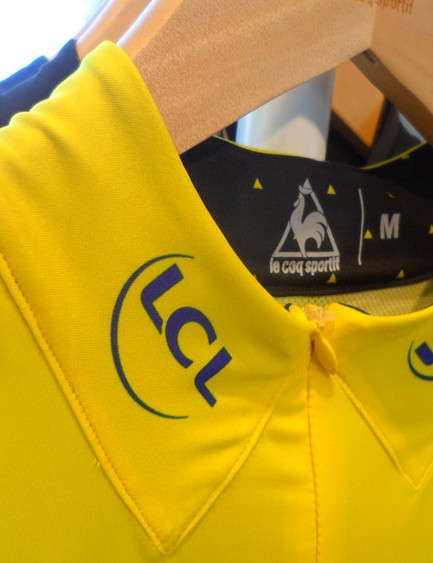 The collar design is inspired by the 1951 yellow jersey