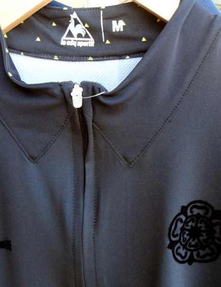 The all-black limited edition Yorkshire Grand Depart jersey is a great looking design