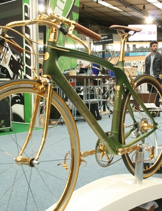 Veloboo's downright crazy 24-carat plated bambo bike. Why?