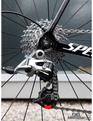 The SRAM Red 22 rear derailleur is paired to an 11-28T SRAM PG-1071 cassette and a SRAM Red 22 chain