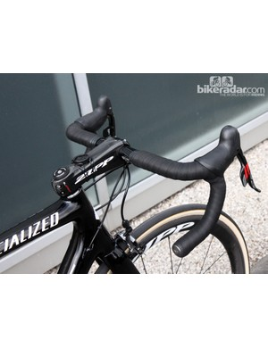 The 44cm-wide Zipp SL-70 Ergo bars are double wrapped with grippy Specialized S-Wrap Roubaix tape