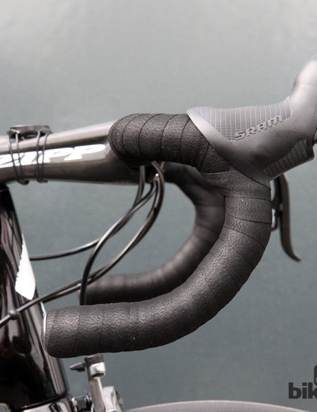 Anatomic-bend bars and high-mounted levers for Tom Boonen (Omega Pharma-QuickStep)