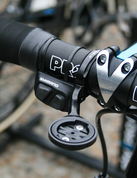 A remote Shimano Dura-Ace Di2 shifter mounted the opposite way to usual on a Sky bike