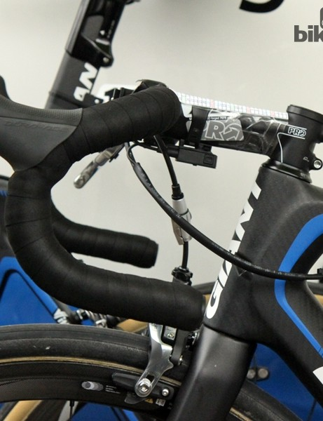 Traditional-bend bars for John Degenkolb (Giant-Shimano)