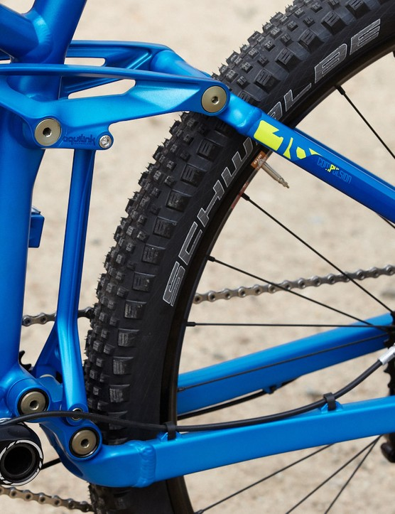 The Compulsion 27.5 boasts160mm of travel front and rear