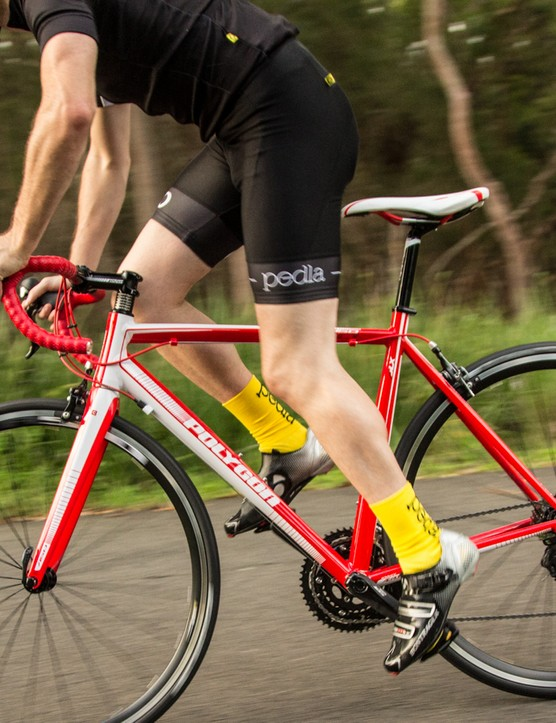 We enjoyed riding the Helios A5.0, which boasts a ride quality well beyond its price