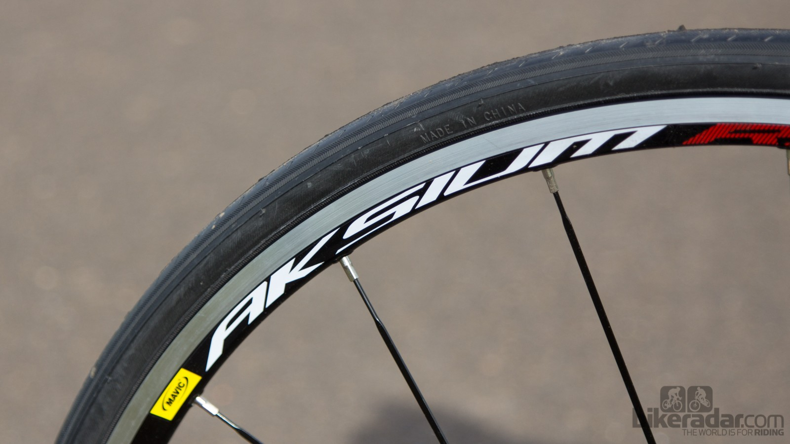 Mavic Aksium wheels are one of the highlights on this bike, providing proven durability and respectable performance - but they're only available at a $200 surcharge