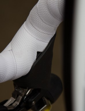 Gaps in the bar tape are seen as rather uncool at the cafe