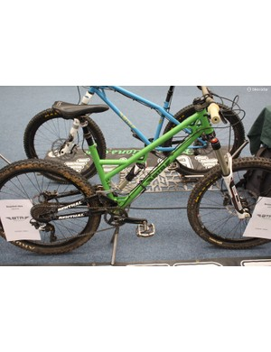 This is the prototype of BTR's forthcoming enduro rig, the Pinner