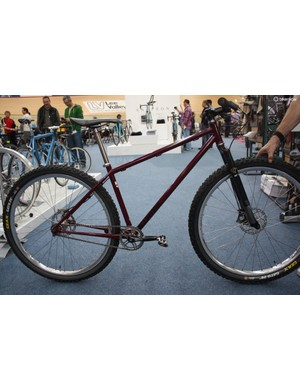 This is the Curtis XC9, a new 29in cross country frame