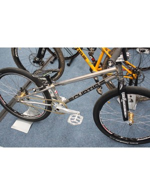 This Curtis RaceLite BMX frame uses a whole array of different tubesets; the complete frame weighs only 3.2lbs