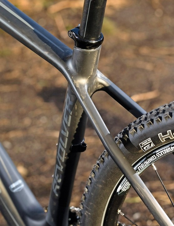 The 2.1in Schwalbe Racing Ralphs are hard, though not as sketchy as in 26in