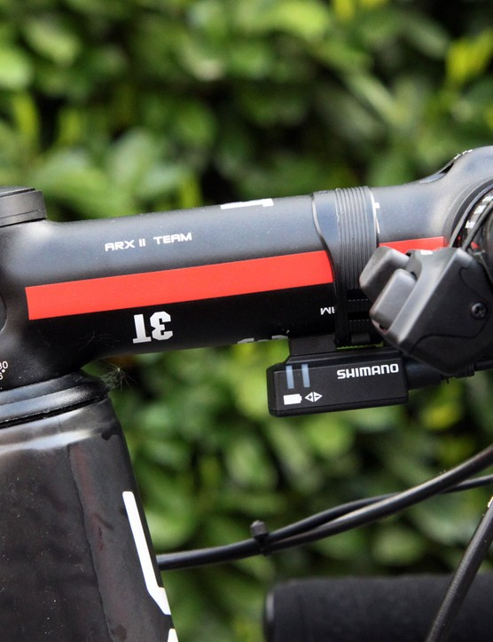 The 130mm-long 3T ARX II Team stem is slammed atop the headset cover