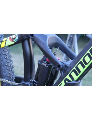 The Fox DYAD shock adjusts between 160mm and 95mm of rear wheel travel