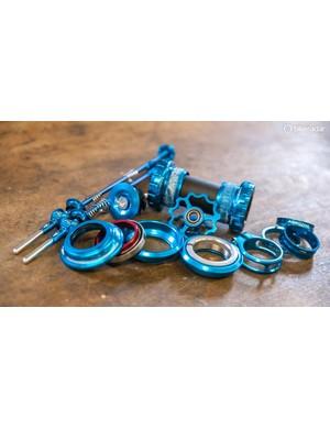 Aerozine anodised components