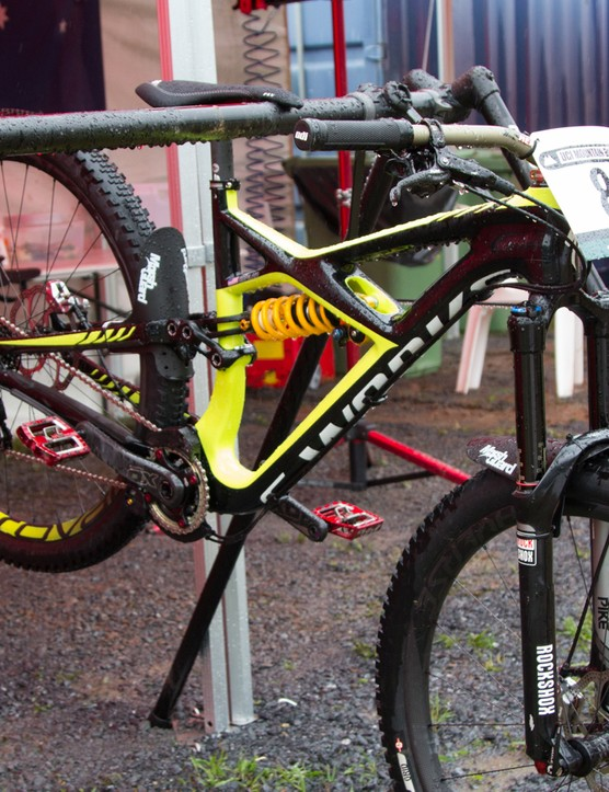 Mitch Ropelato was first seen riding his Enduro 29er, before making a late switch to the downhill bike as conditions on track worsened