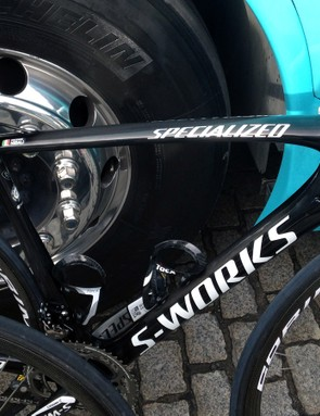 Visually, the new Specialized S-Works Tarmac SL5 is clearly an evolution of the current SL4