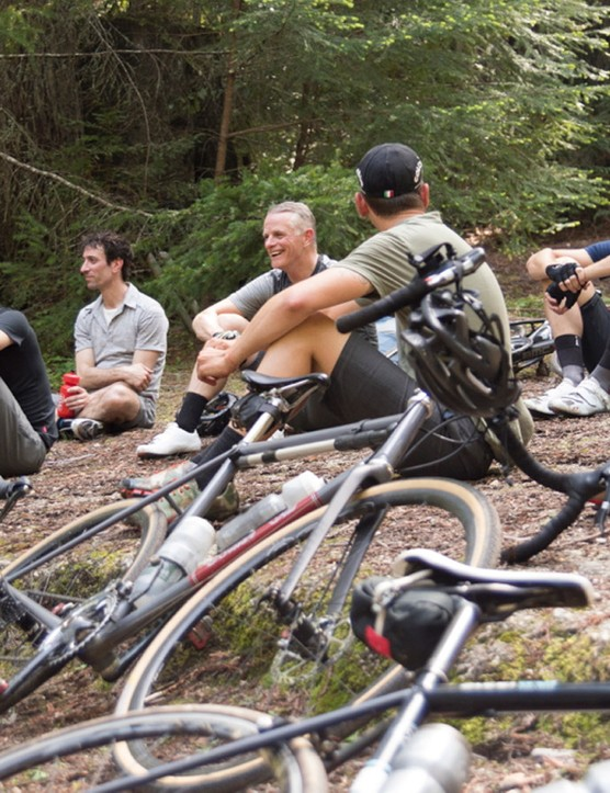 Sure, mountain bikers can hang out. But what about tightly wound roadies?