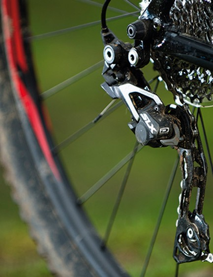 The clutch-equipped Shimano Shadow Plus rear mech keeps the chain quiet and secure