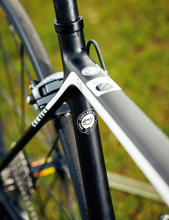 Slim tubing and a 27.2mm VCLS seatpost help take the sting out of rougher roads