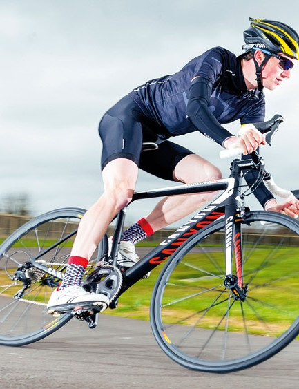 The Ultimate CF SLX 7.0 handles sensitively and maintaining a line requires care