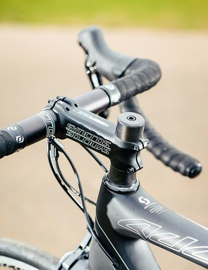 The bar, stem, saddle and seatpost are all from Syncros
