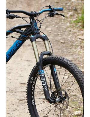 Unfortunately there's serious clatter and arm pump from the Evo series Fox fork – worth investing in a retune