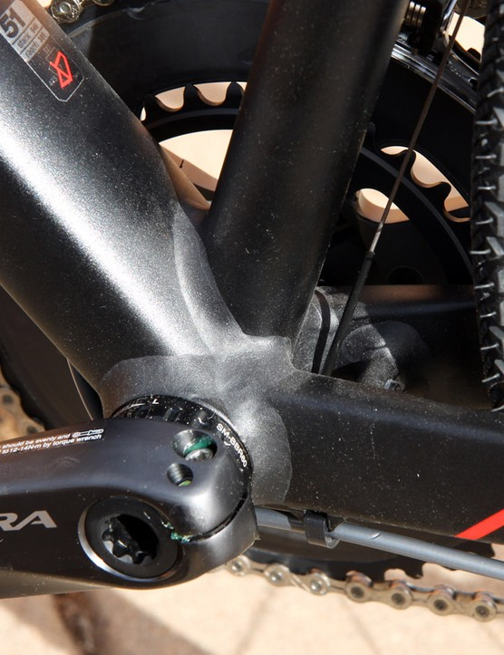 The Shimano Ultegra crankset spins on a standard threaded bottom bracket