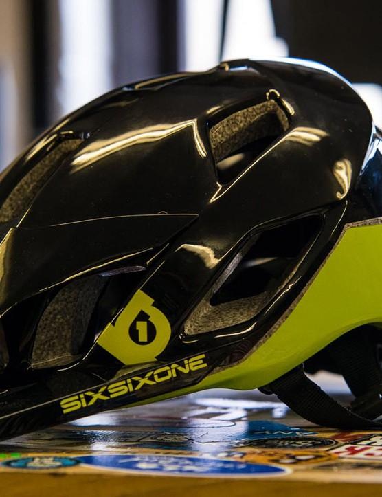 Six Six One Evo AM helmet
