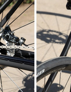 There's no need for a brake bridge with the addition of disc calipers, which increases tire clearance