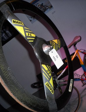 The Mavic 3G carbon track wheel from 1992. Fast