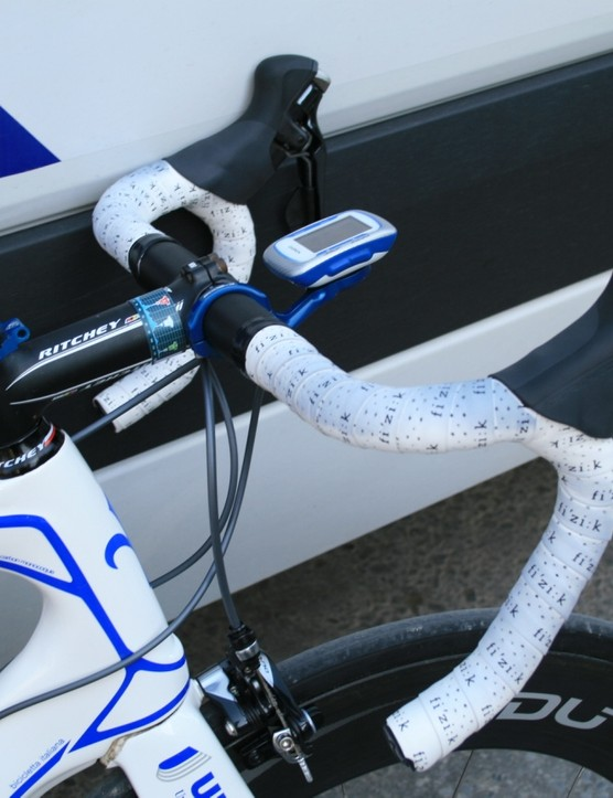Some say anatomic bars have no place on a road bike, but John Murphy disagrees. Classy use of a K-Edge Garmin spacer mount just for spacing purposes too