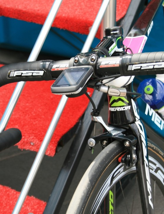 Lampre-Merida riders had brake cable adjusters to allow them to wider to fatter aero wheels without messing about with the cable tension at the Shimano Direct Mount brakes