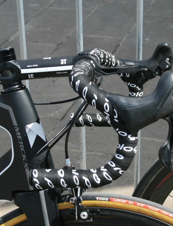 Track bars on Pieter Vanspeybrouck (Wanty-Groupe Gobert)'s bike. Good man