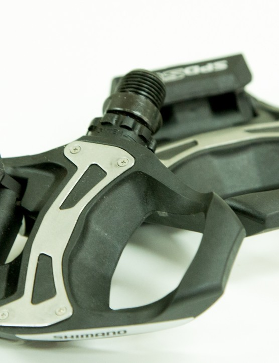 Shimano R550 SPD-SL pedals - composite construction, metal cleat plate and a wide platform area