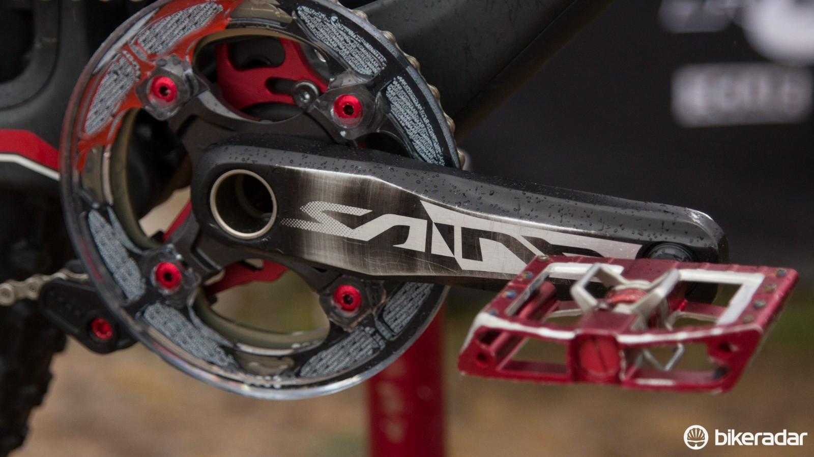 Greg Minnaar uses his own signature Gamut P30's chainguide