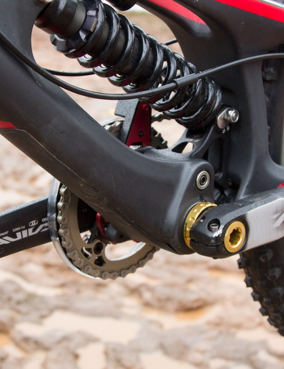 A stick-on frame guard sits at the downtube for additional rock and impact protection
