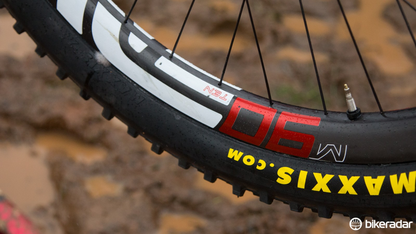 The Syndicate team were rolling on these new Enve M90-Ten rims