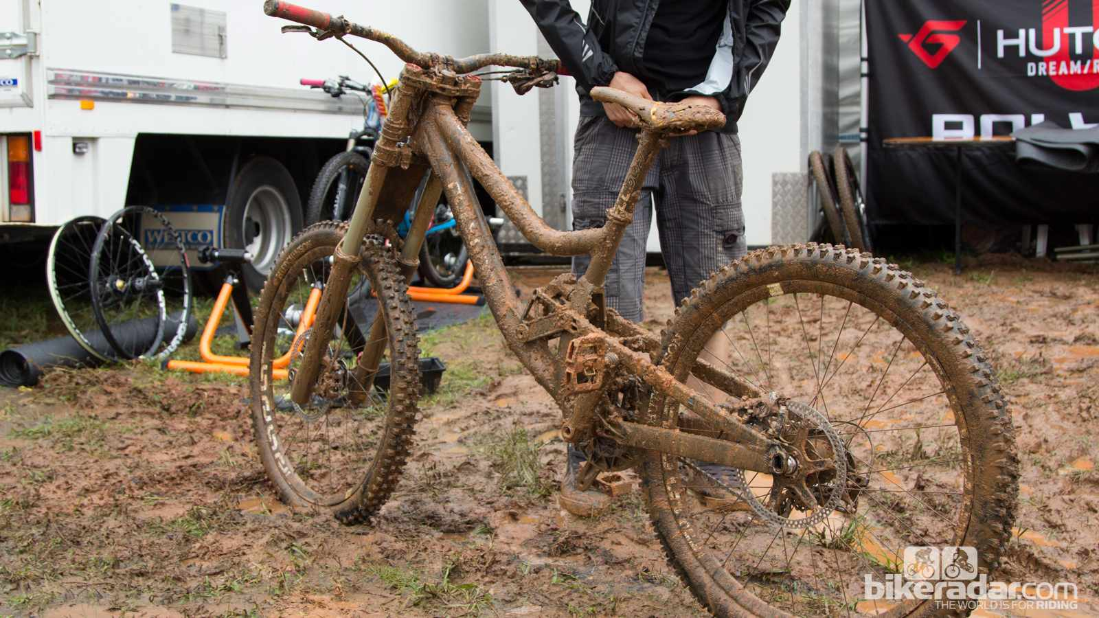 Mud build-up, or rather a lack of it, could save vital time in top-end competition